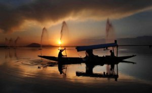 Srinagar Tourism, DalLake